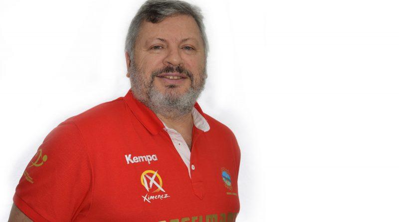 El técnico Julián Ruiz renueva su compromiso con el equipo Asobal