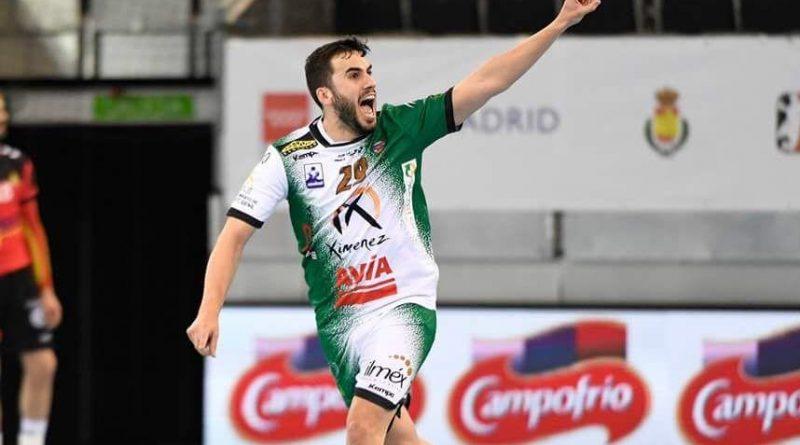 Oficial: Mario Porras anuncia su retirada del balonmano para centrarse en su nuevo futuro profesional en Medicina