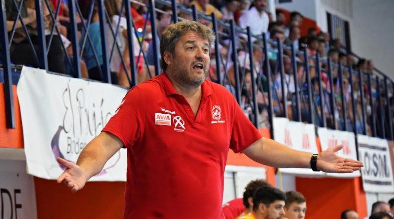 COPA DEL REY: Paco Bustos: «Va a ser una eliminatoria muy complicada»