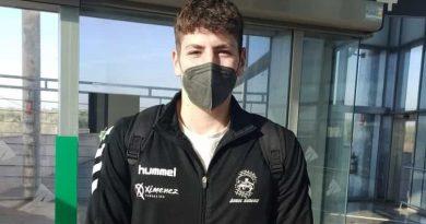 CANTERA: El lateral zurdo Álvaro Muñoz recibe la llamada de los Hispanos Juveniles